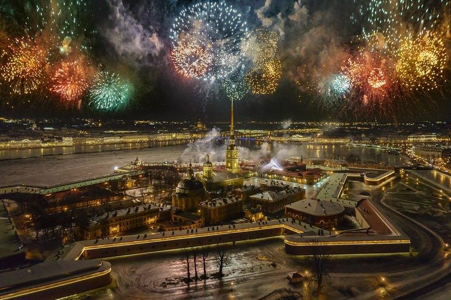 Салют За новый год! ЕС501 на 48 залпов купить в Москве
